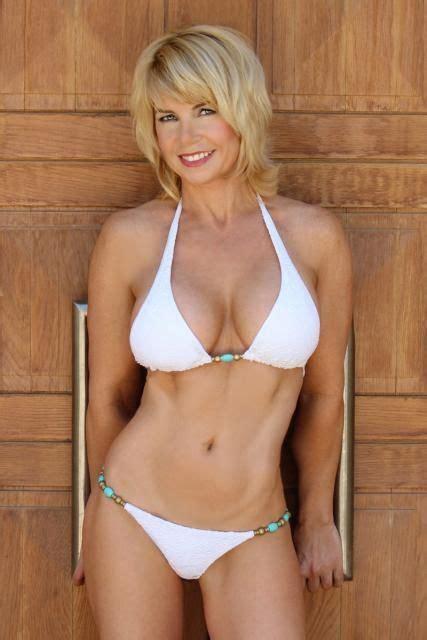 old wife bikini jpg 427x640