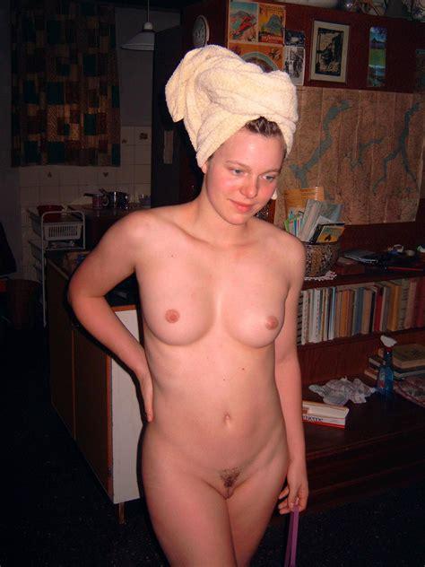 nude upload jpg 1704x2272