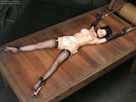bondage rack jpg 1152x864