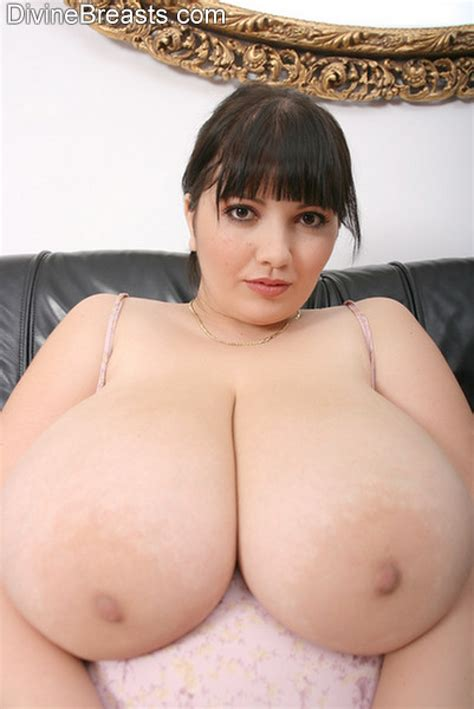 big lady boobs jpg 802x1200